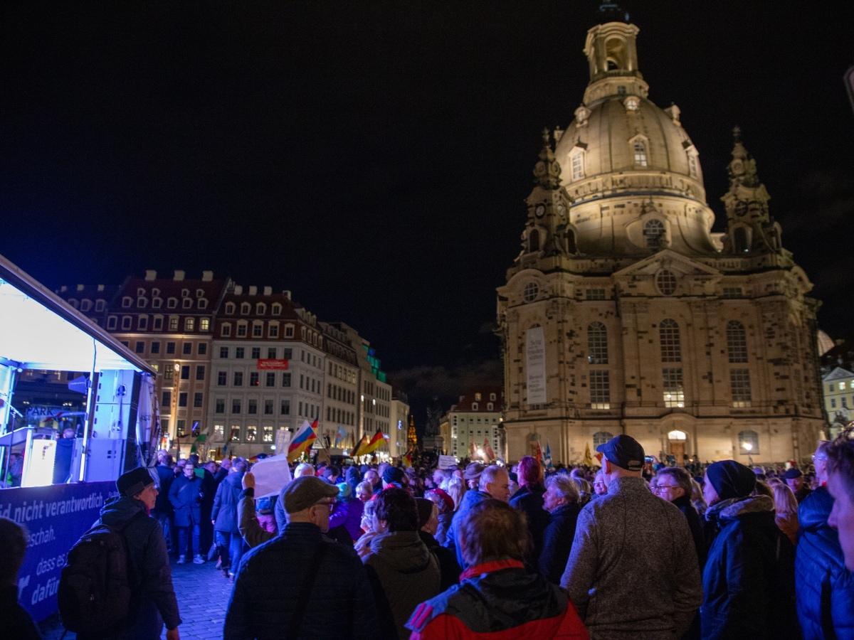 """""""Demokratie braucht Rückgrat"""" am 17.2.2020 in Dresden"""